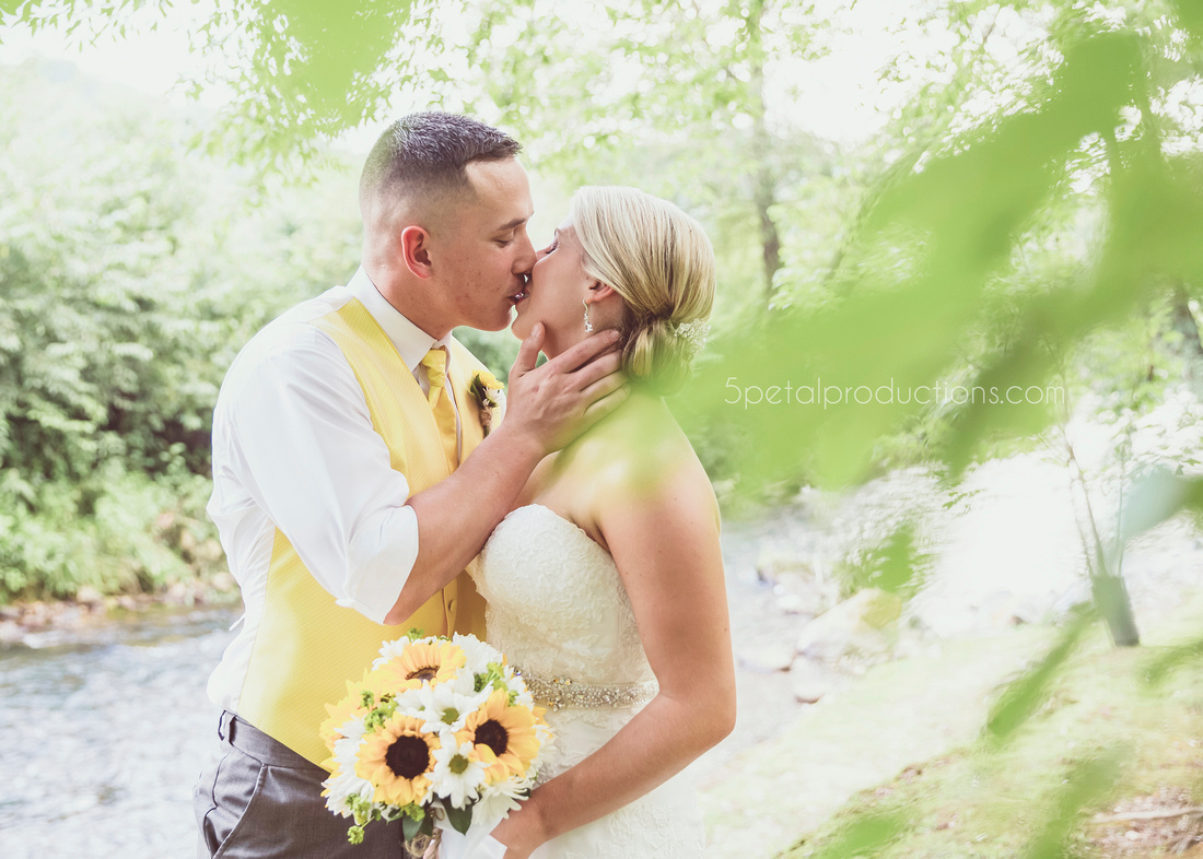 Rustic North Georgia Wedding Kerri and Dakota0023